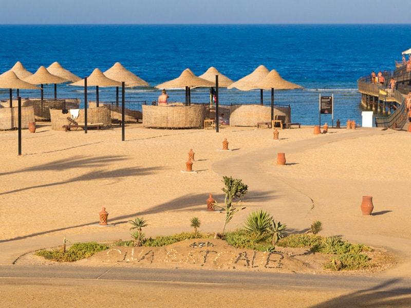 пляж отеля Port Ghalib Resort