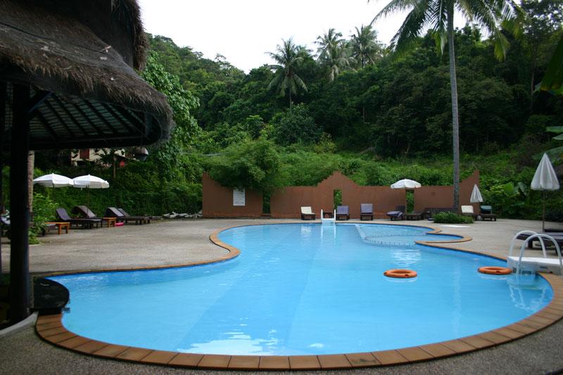 бассейн отеля Arayaburi Resort - Phi Phi Island