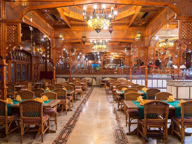 ресторан отеля The Grand Hotel Hurghada