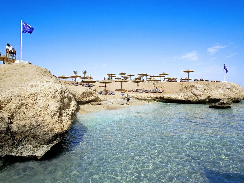 пляж отеля Shores Aloha Resort