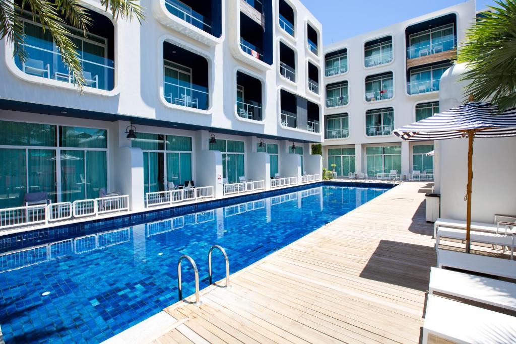 бассейн отеля Sugar Marina Resort - Nautical - Kata Beach