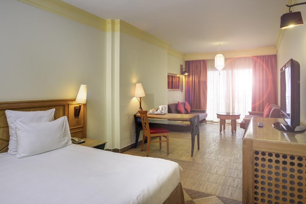 номер отеля Novotel Sharm el Sheikh (Palm)