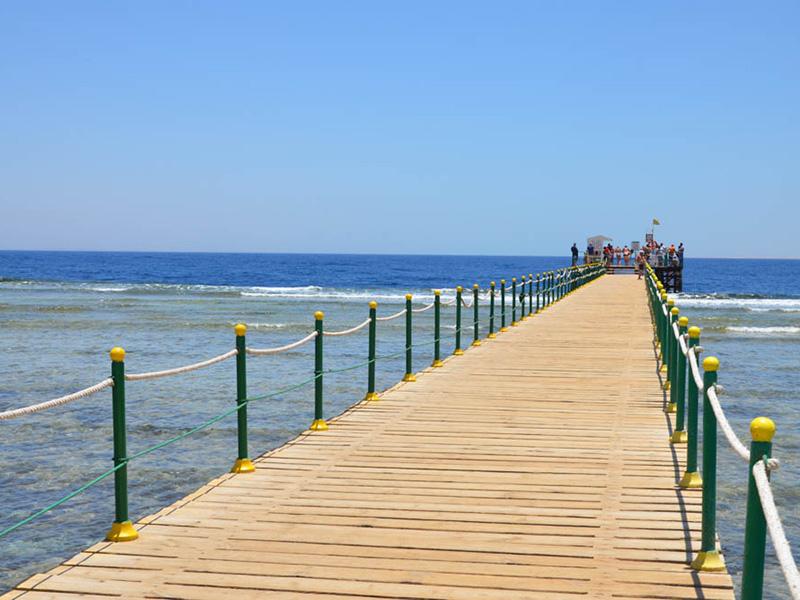 пляж отеля Nubian Village