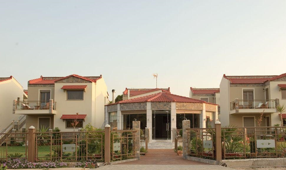корпус отеля Naiades Villas