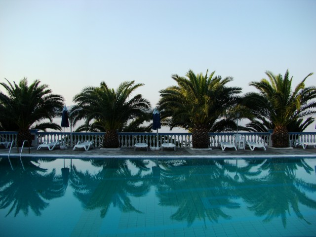 бассейн отеля Pappas