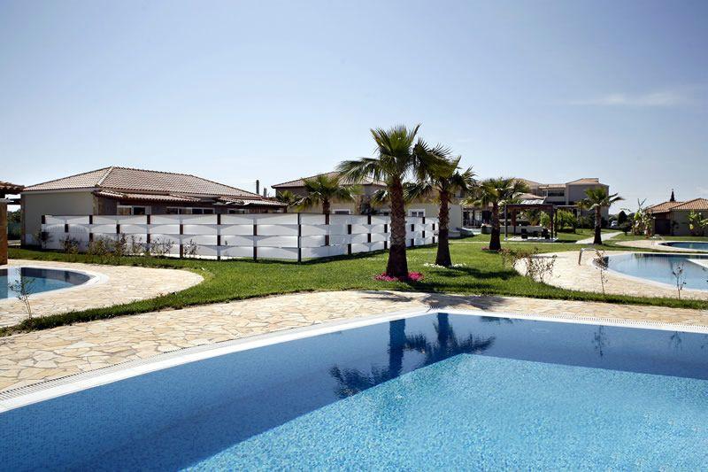 территория отеля Olympia Golden Beach