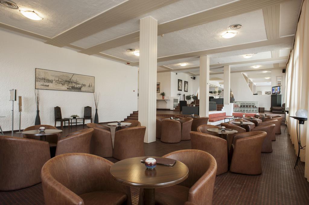лобби отеля Eden Beach Resort