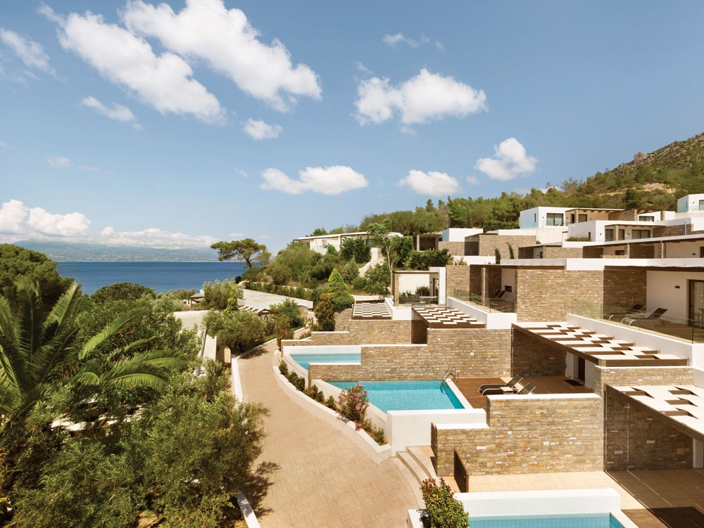 корпус отеля Wyndham Loutraki Poseidon Resort