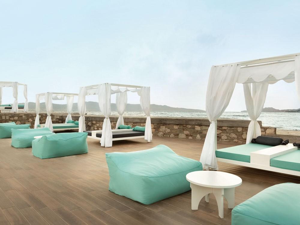 терраса отеля Wyndham Loutraki Poseidon Resort