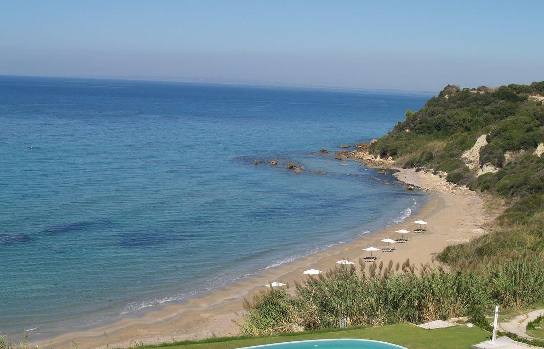 пляж отеля Mare Dei Ionian Resort