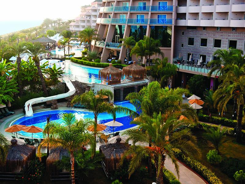 территория отеля Long Beach Resort Hotel & Spa