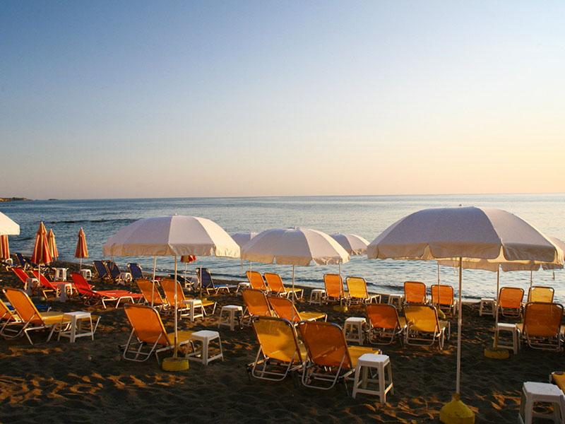пляж отеля Evelyn Beach