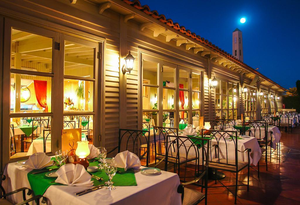 ресторан отеля Jaz Fanara Resort & Residence