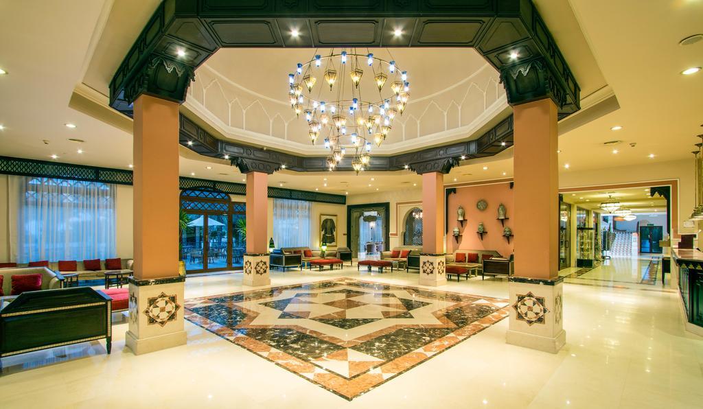 холл отеля Jaz Fanara Resort & Residence