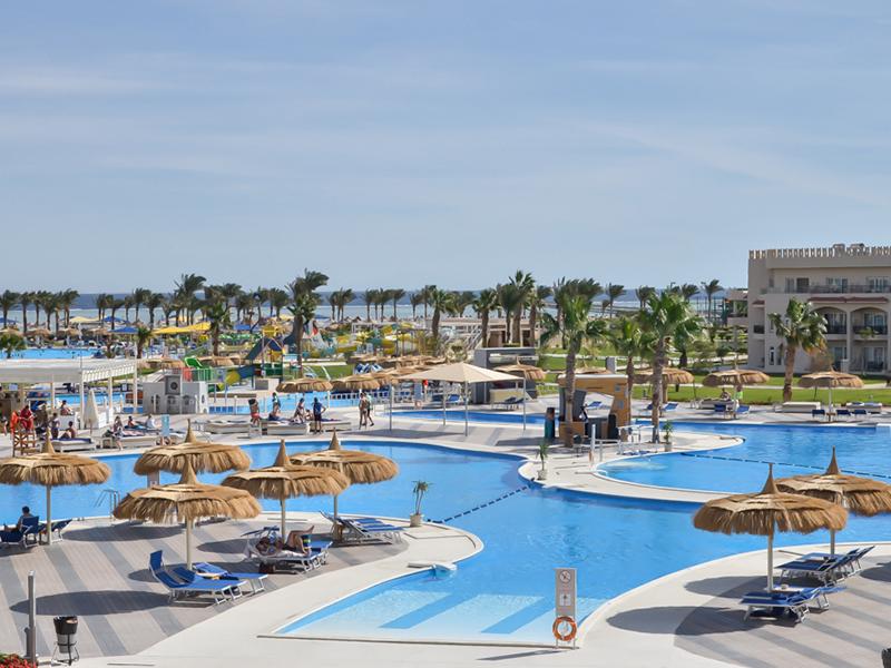 бассейн отеля Royal Albatros Moderna