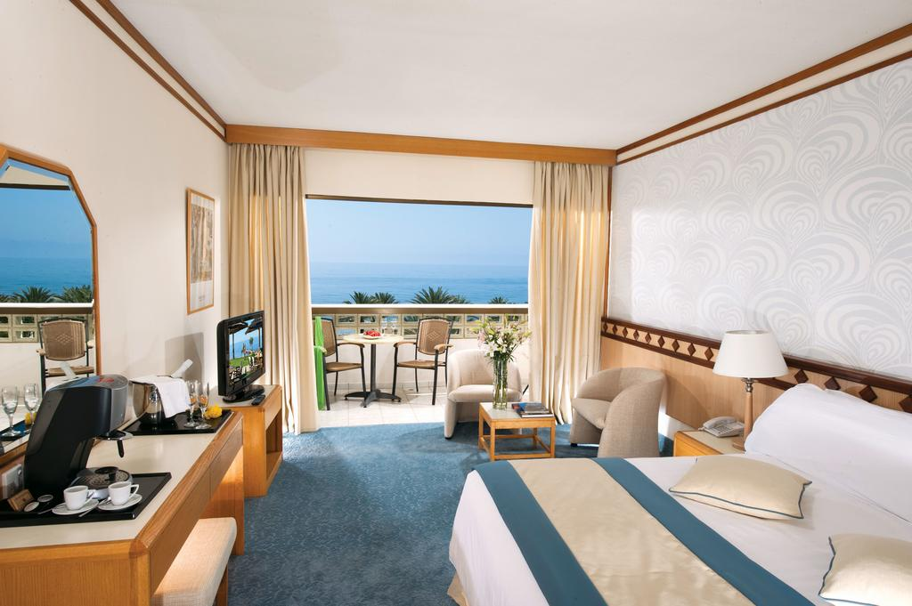 номер отеля Constantinou Bros - Pioneer Beach Hotel