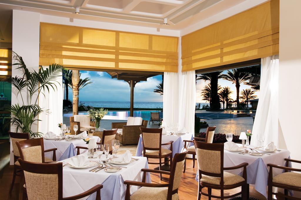 ресторан отеля Constantinou Bros - Pioneer Beach Hotel