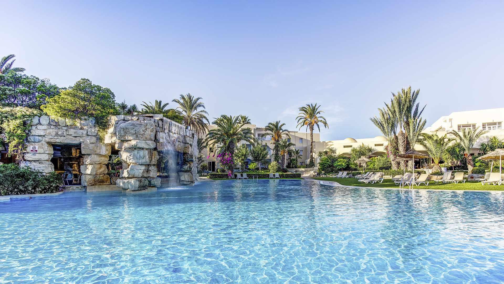 бассейн отеля TUI Magic Life Africana