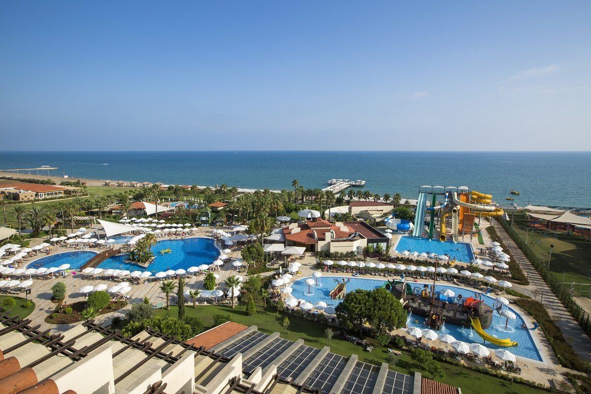 территория отеля Bellis Deluxe Hotel
