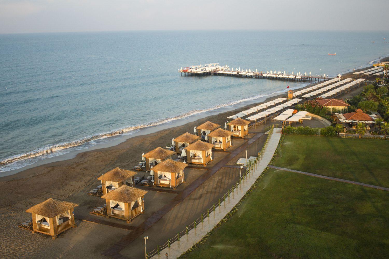 пляж отеля Bellis Deluxe Hotel