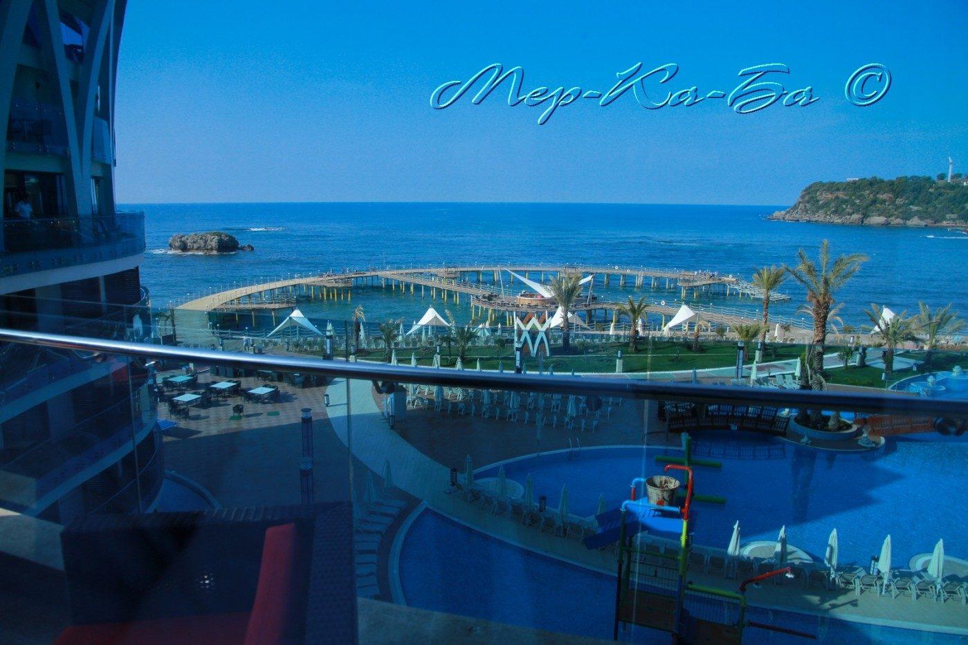 территория отеля Granada Luxury Resort