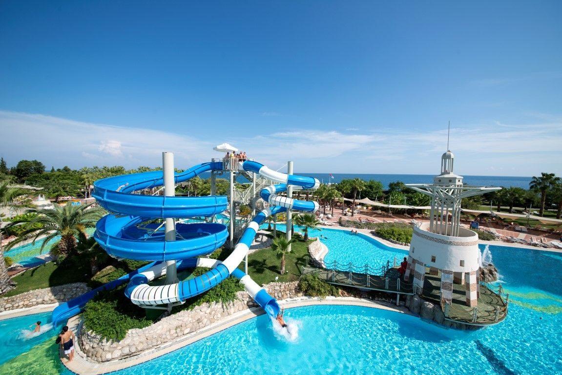 бассейн отеля Limak Limra