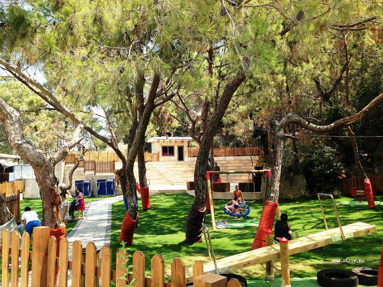 детская площадка отеля Maxx Royal Kemer Resort