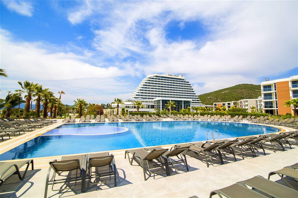 территория отеля Рalm wings Ephesus Beach Resort