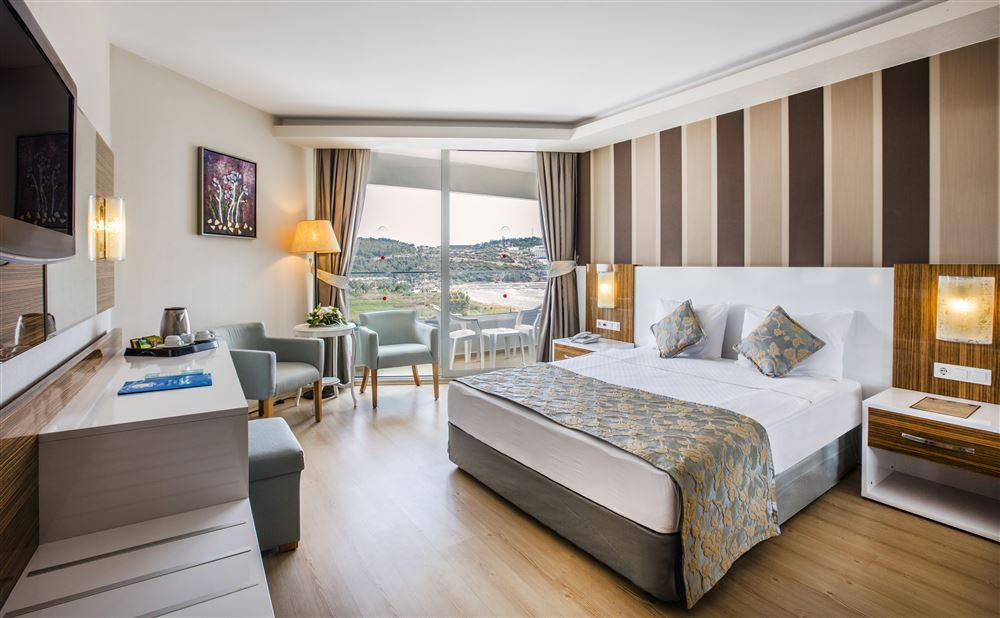 номер отеля Рalm wings Ephesus Beach Resort