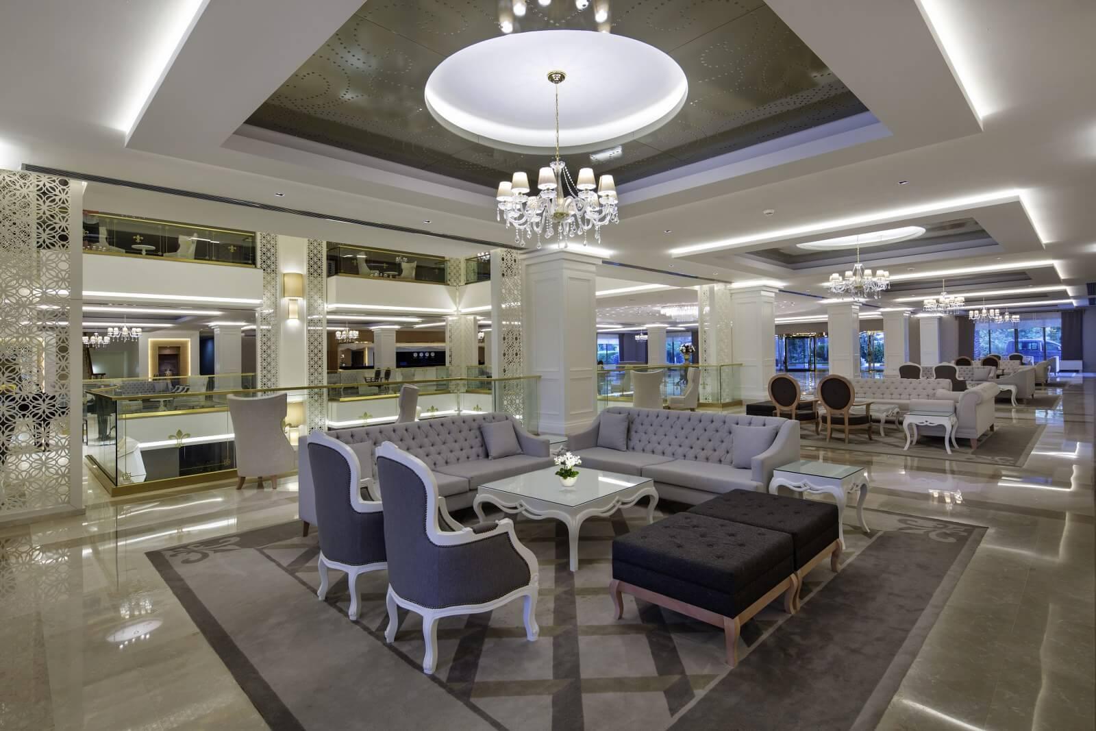 корпус отеля Queen's Park Tekirova Resort & Spa