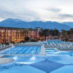 бассейн отеля Alva Donna World Palace