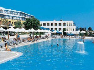 бассейн отеля Aldemar Paradise Village