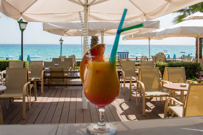ресторан отеля Aegean Melathron Thalasso Spa Hotel