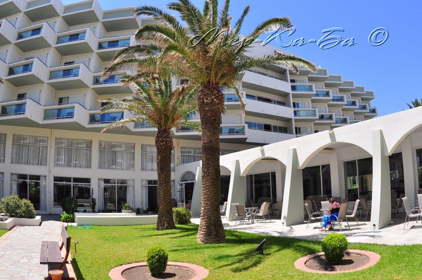 корпус отеля Apollo Beach