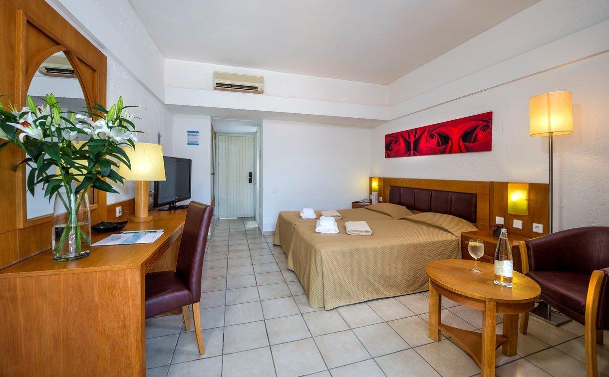 номер отеля Fodele Beach Hotel