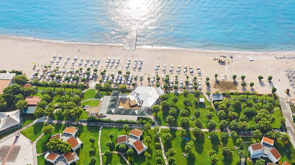пляж отеля Grecotel Rhodos Royal