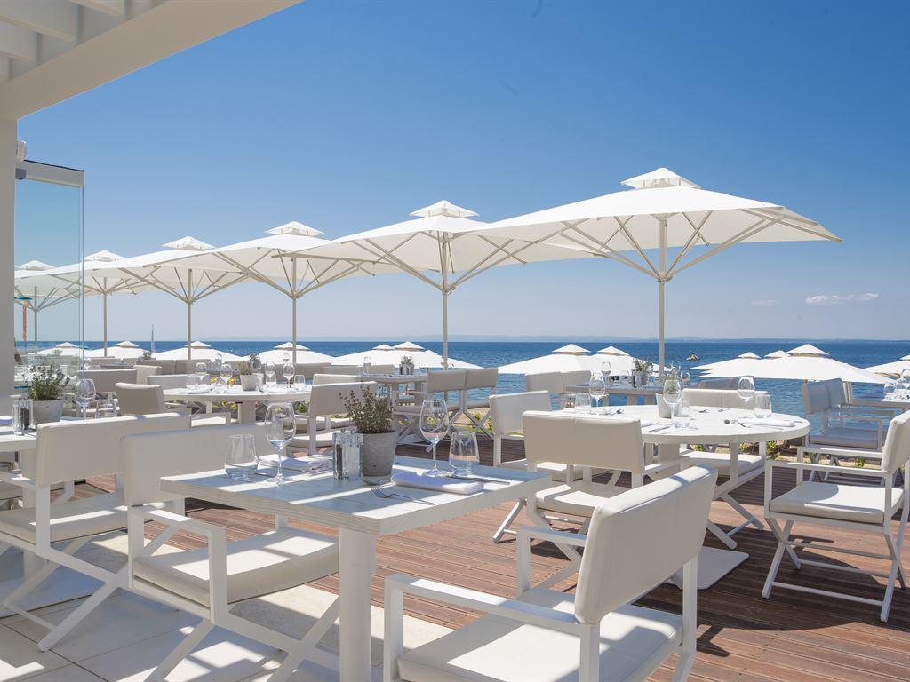 ресторан отеля Ikos Olivia