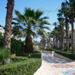 территория отеля Aldemar Royal Mare Luxury Resort Thalasso