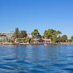 территория отеля Kontokali Bay Resort Spa