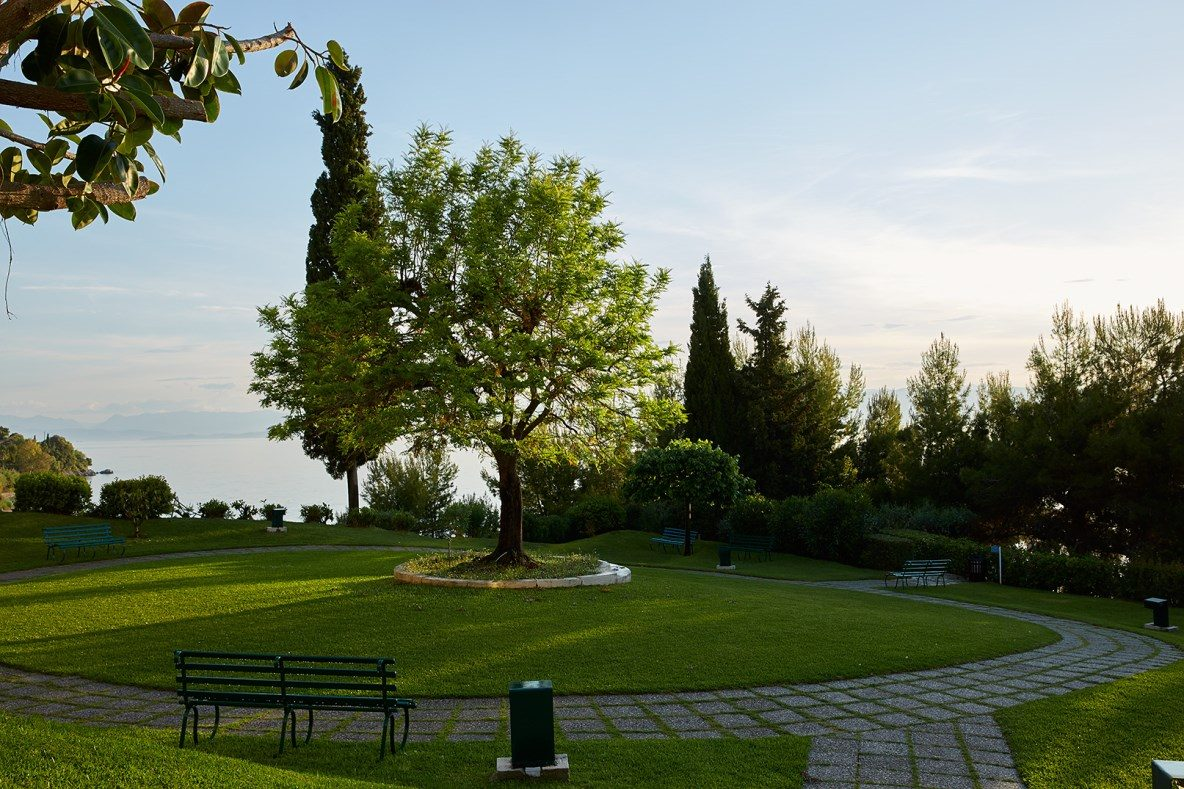 территория отеля MarBella Corfu