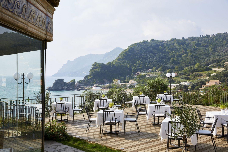ресторан отеля Mayor Pelekas Monastery