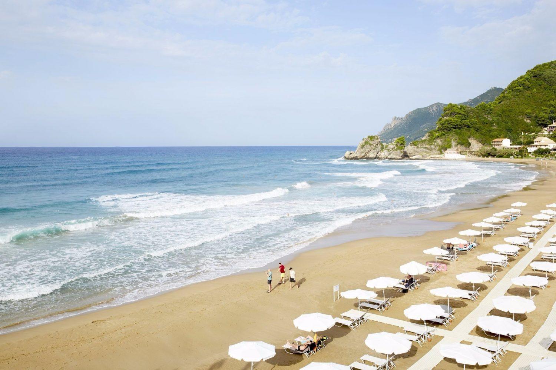 пляж отеля Mayor Pelekas Monastery