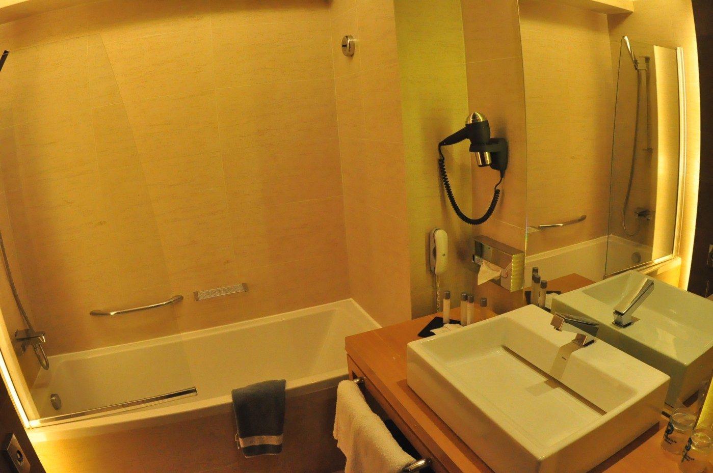 номер отеля Olympic Palace Hotel