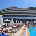 территория отеля Olympic Palace Hotel