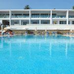бассейн отеля Ellia Hotel