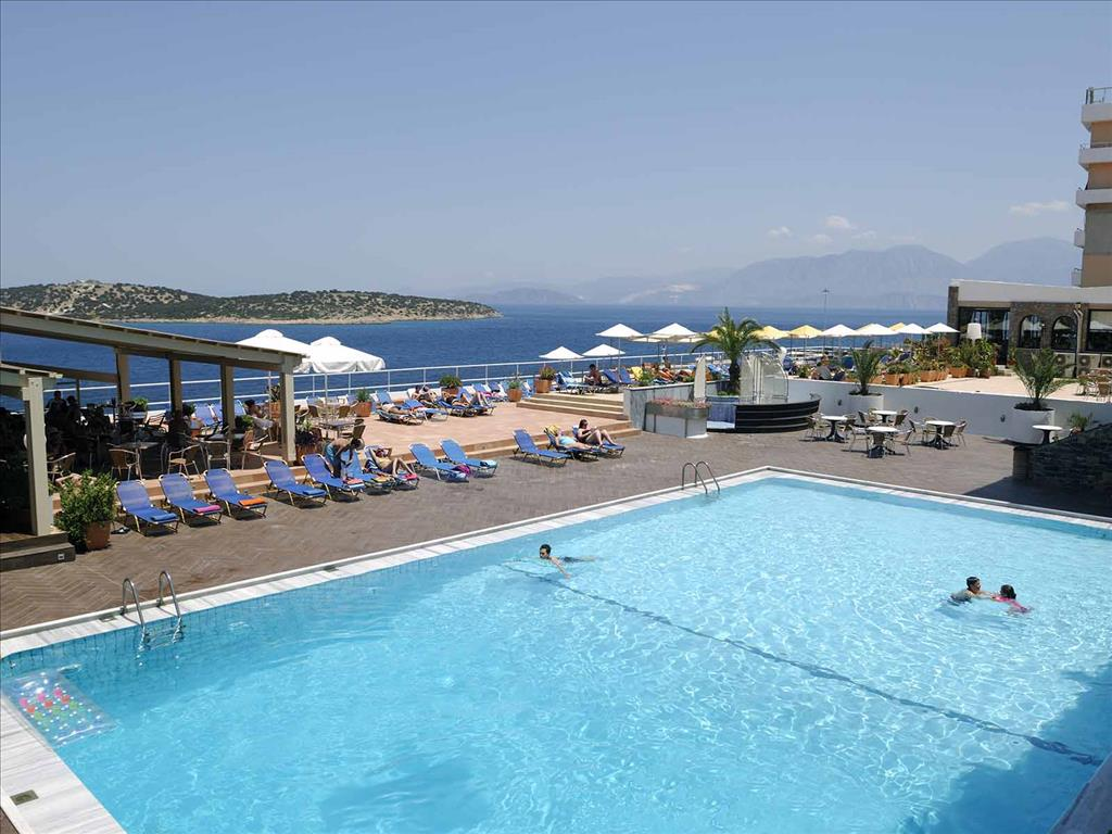 территория отеля Dessole Hermes Hotel