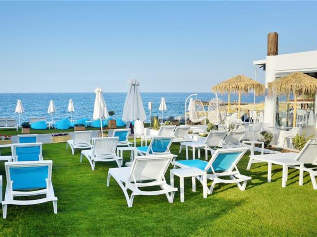 пляж отеля Golden Beach