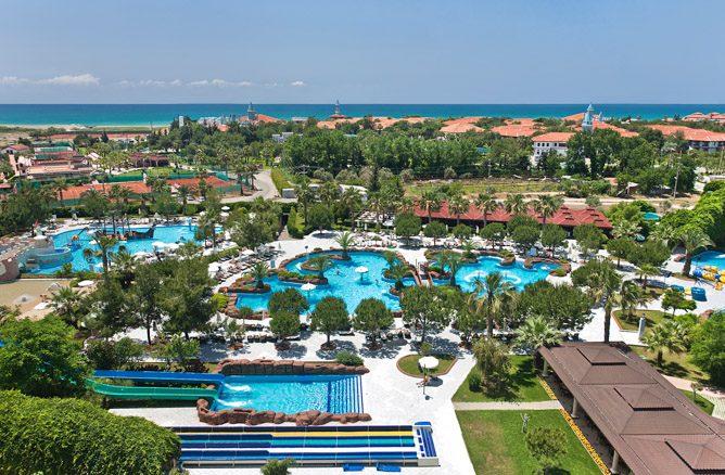 территория отеля Ali Bey Park & Club
