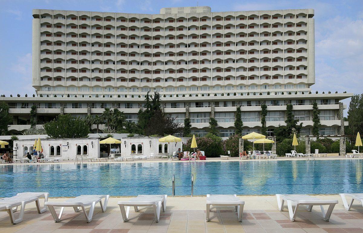 корпус отеля Athos Palace