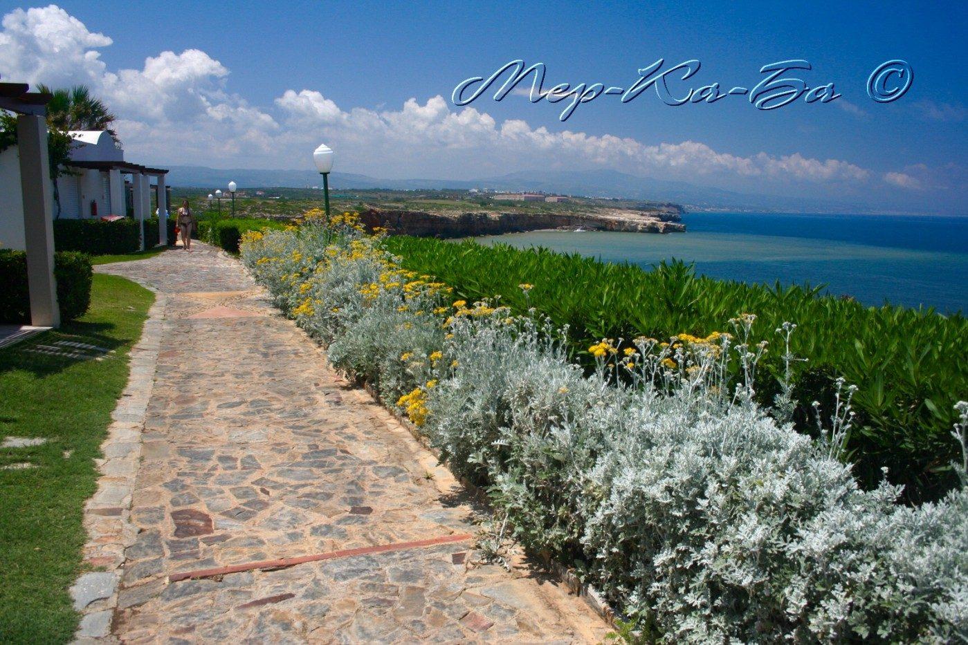 территория отеля Iberostar Creta Panorama & Mare